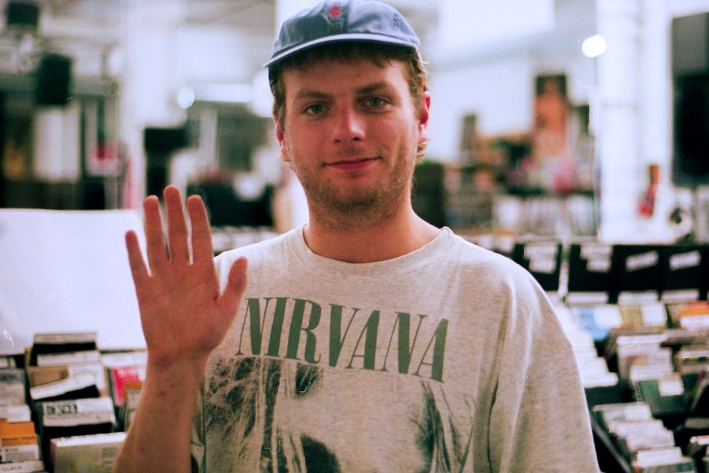 http-hypebeast.comimage201701mac-demarco-2017-album-this-old-dog-my-old-man-500